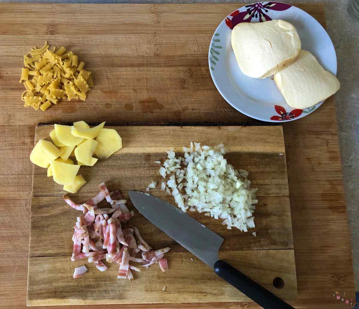 pasta patate e provola pronta