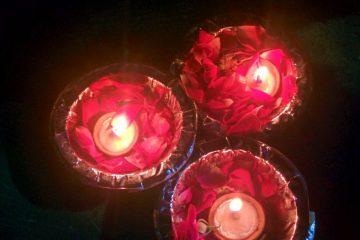 candele per preghiera famiglia ganga aarti