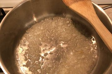 cipolla in cottura per salsa kofta
