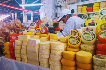 mercato cusco -formaggi