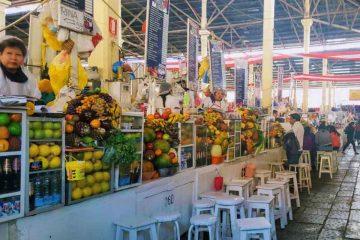 mercato di cusco - bancarelle frullati