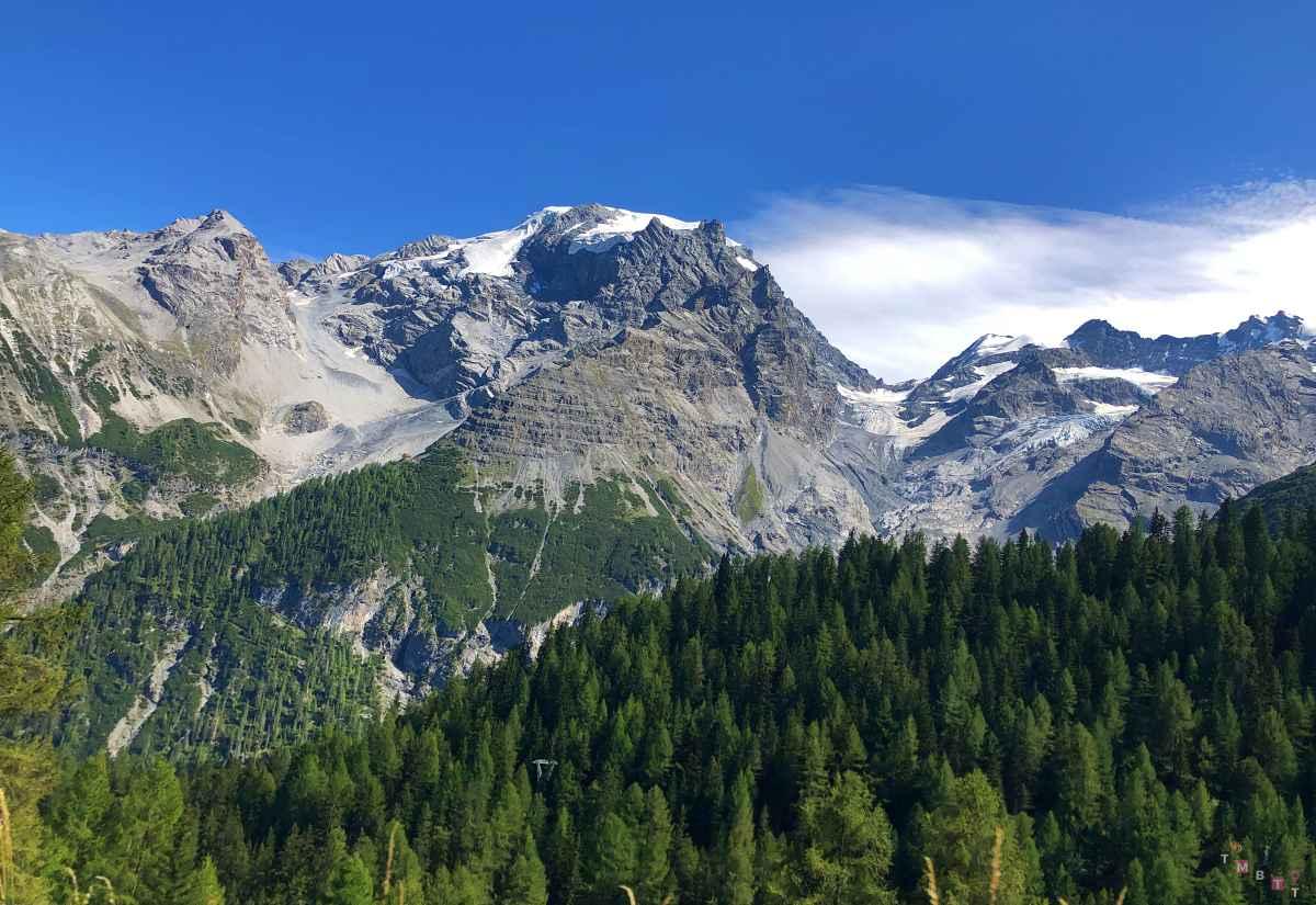 Vista dello Stelvio e delle Alpi dell Ortles