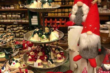 elfi e decorazioni negozio san candido