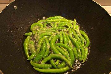 peperoncini verdi in frittura