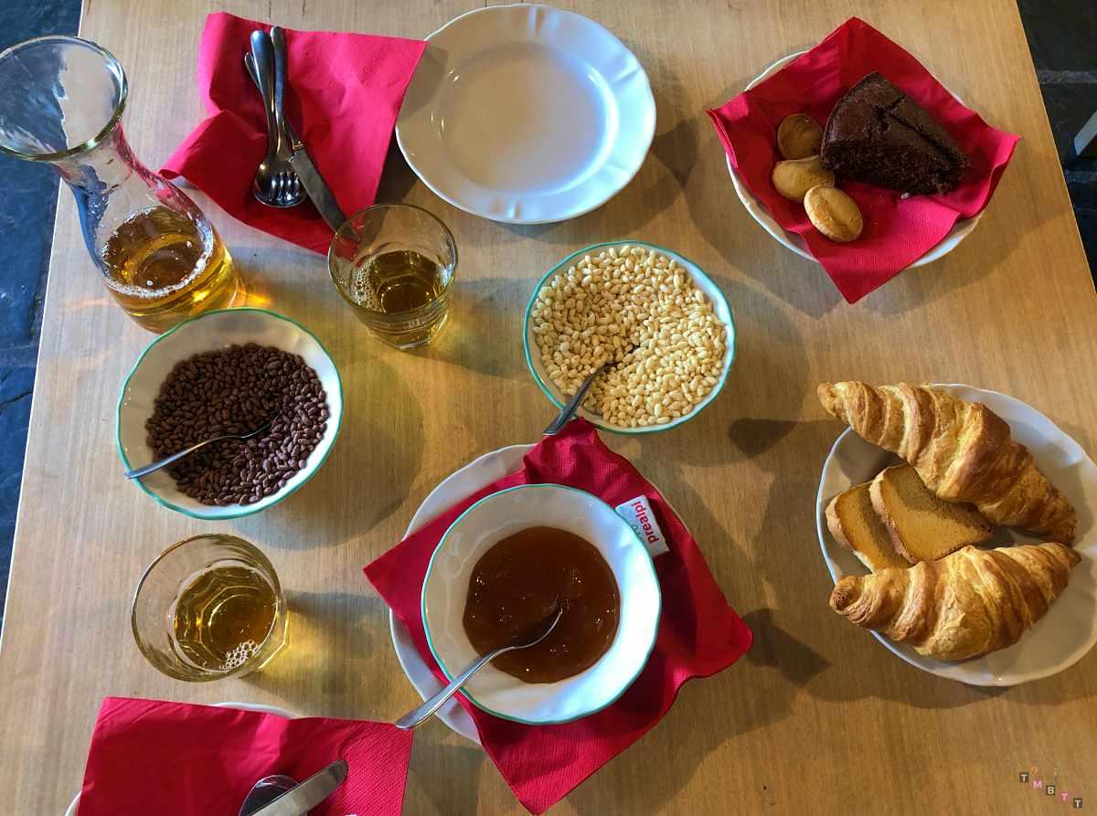 colazione rifugio baita belvedere champoluc